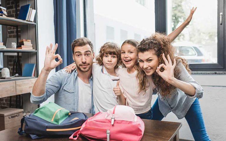 Kind-Eltern-Lehrer Gespräche